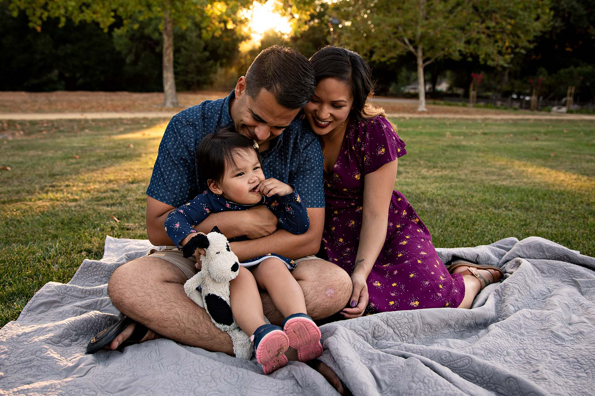 sharon kenney family photography snuggle