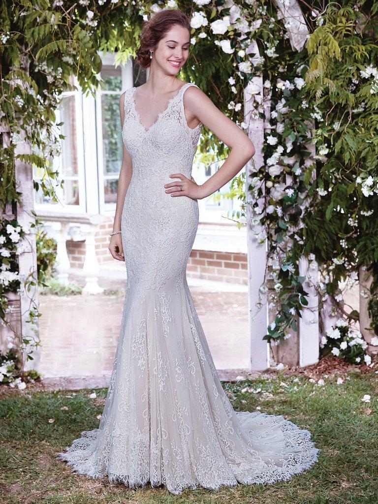 Rebecca-Ingram-Wedding-Dress-Lauren-7RZ880-Main.jpg