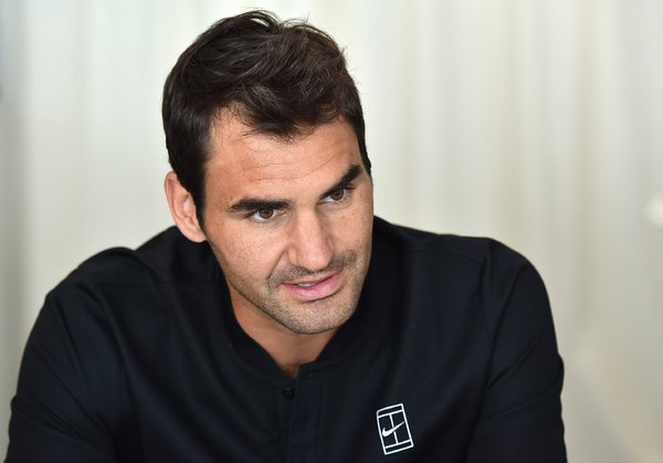 he tennis player Roger Federer gets his hair cut by a number of stylists, including one who charges a minimum of $400, and as much as $800.    CreditValerio Pennicino/Getty Images