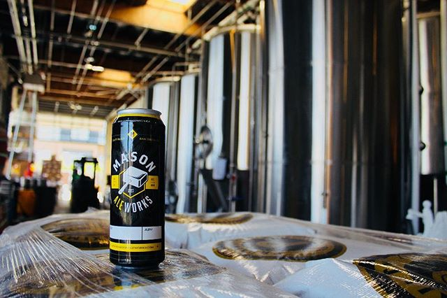 Guess what we got?!?? . A new Crowler Machine is going into our tasting room at @masonaleworkscv. . These 16.9 oz crowlers will be able for fill of all Mason Ale Works at masonaleworkscv soon! . . // @masonaleworks \\