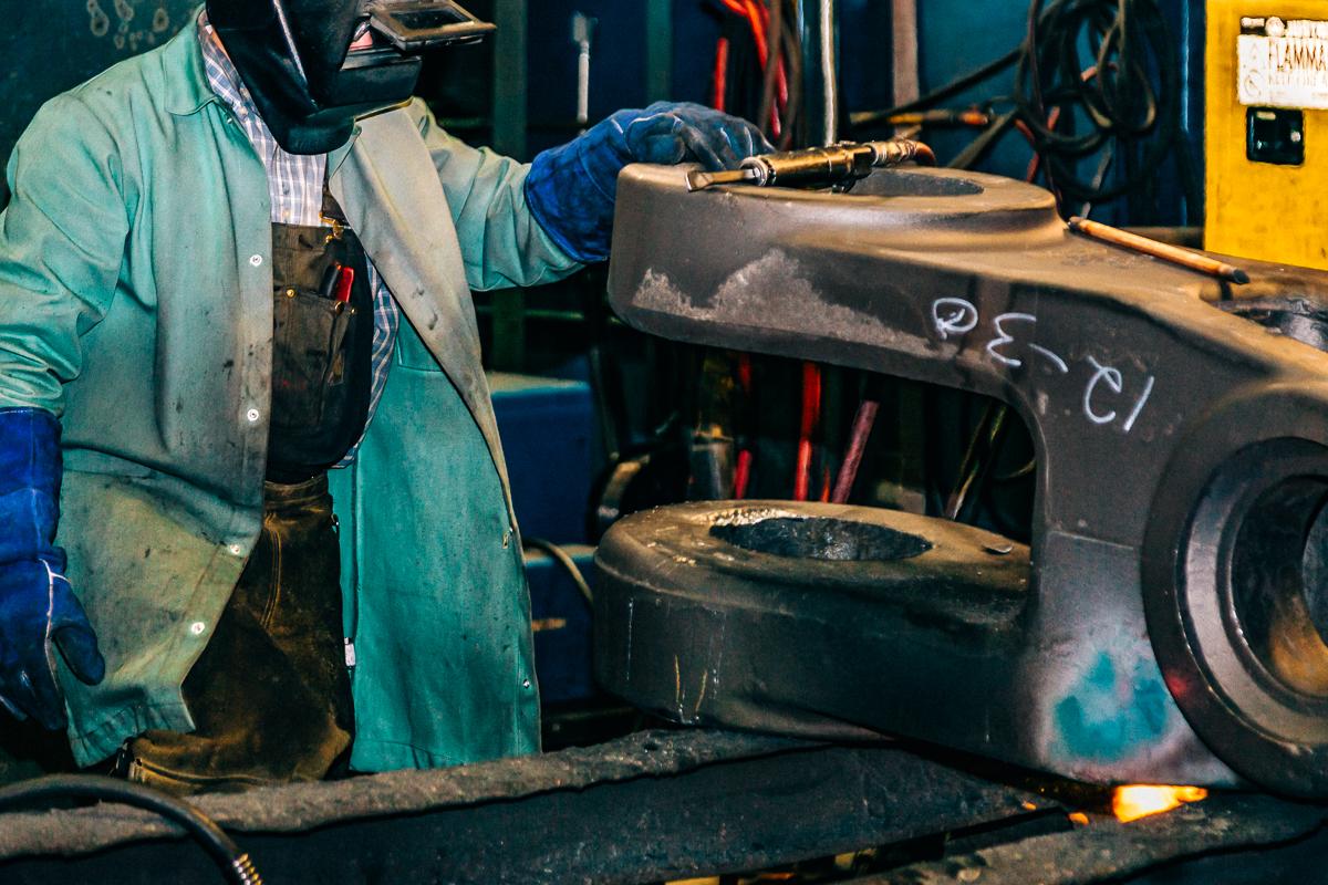Industry Steel ESCO AHP-4.jpg
