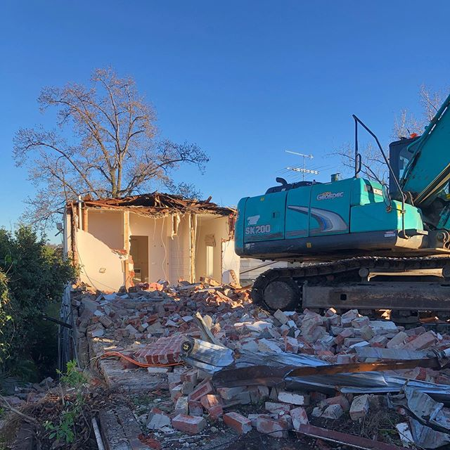 Beautiful morning for demo at our new project in Hawthorn ☀️ Architect - Cortese Architects  Demolition - Gravity Demolition