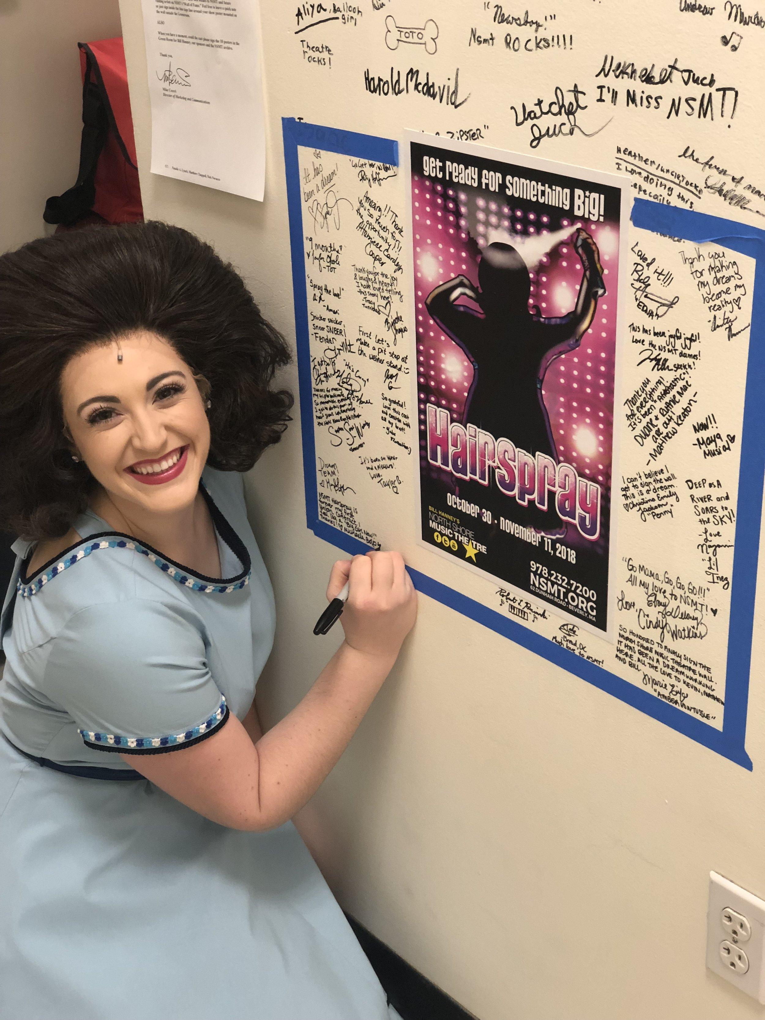 Signing the ICONIC wall backstage at North Shore Music Theatre (Nov 11, 2018)