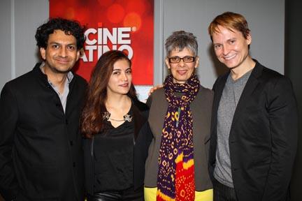 Gutiérrez with jury members Frida Torresblanco, Paula Heredia,Ryan Harrington.