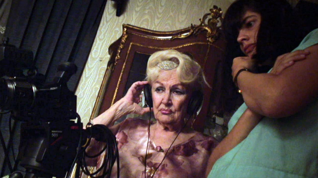 Director Laura Amelia Guzmán (right) with her documentary subject Carmen Ignarra.