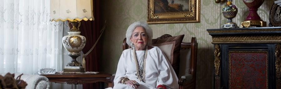 Mamacita  by José Pablo Estrada
