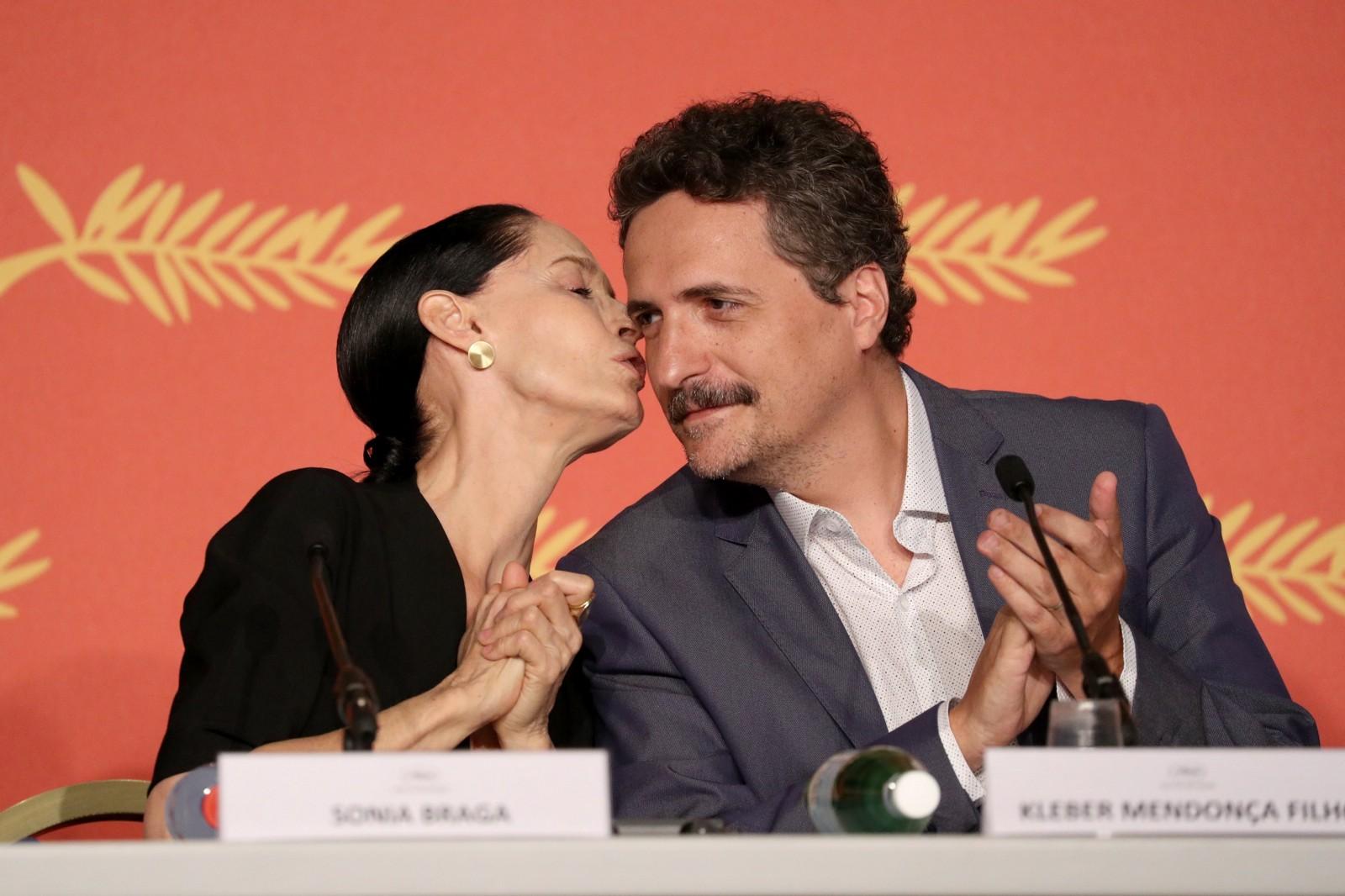 Actress Sônia Braga with director Kleber Mendonça Filho at the 2016 Cannes Film Festival