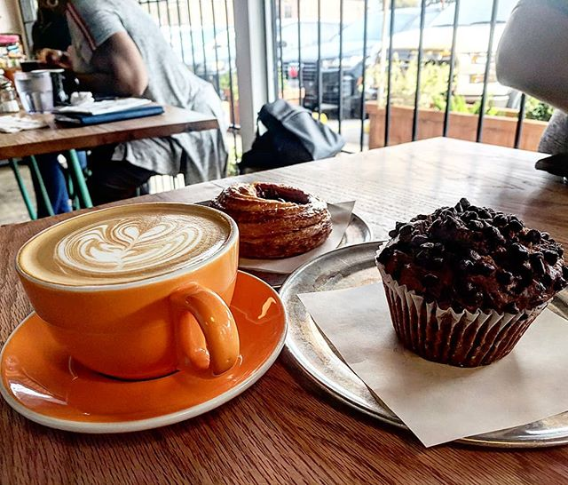 Happy Monday! Starting the morning with a pumpkin chocolate chip muffin, mixed berry Danish and a latte! ☕