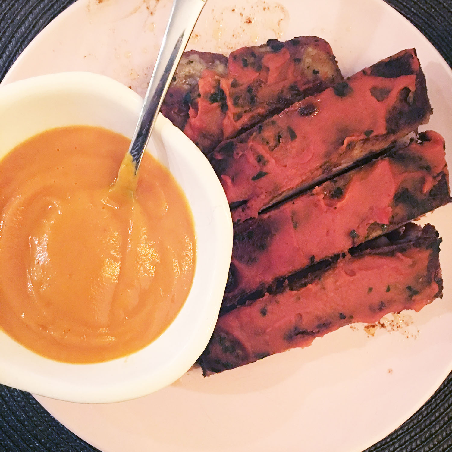 BABY BACK RIBS WITH A SWEET POTATO BARBECUE SAUCE