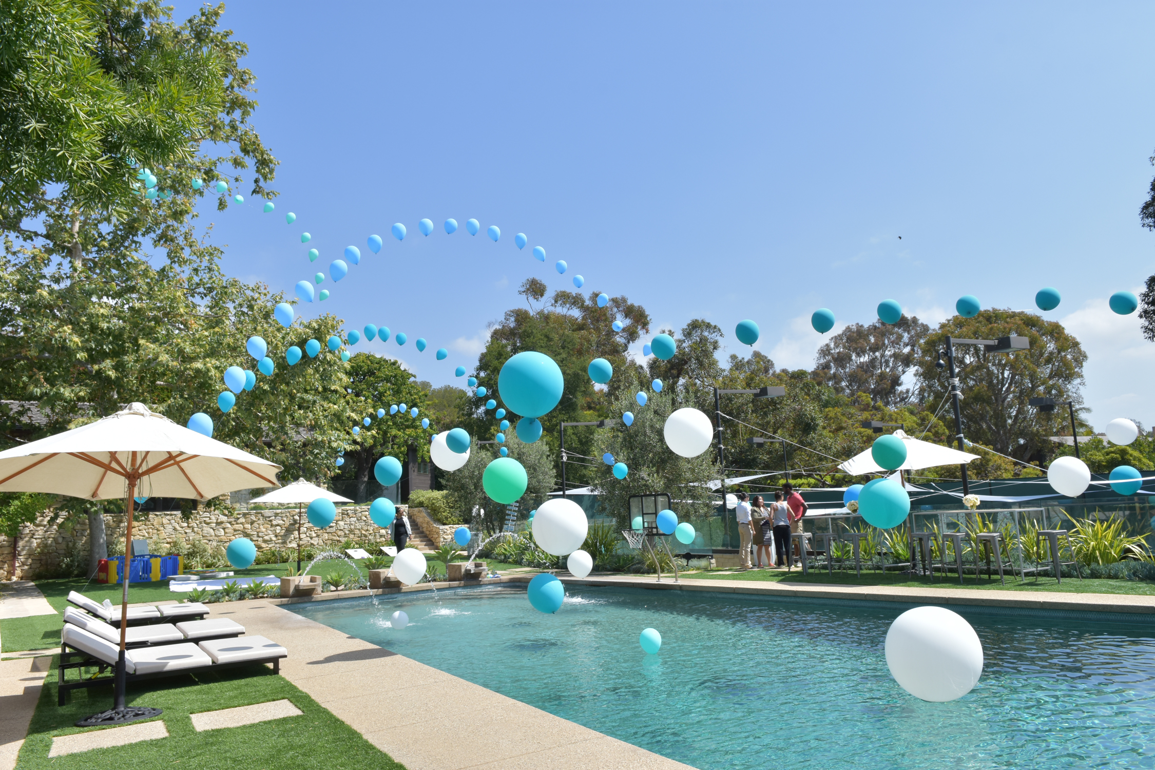 tarynco-birthday-balloons-party-event.jpg