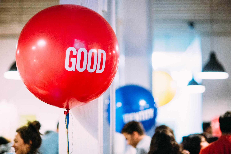 tarynco-events-brand-balloons.jpg