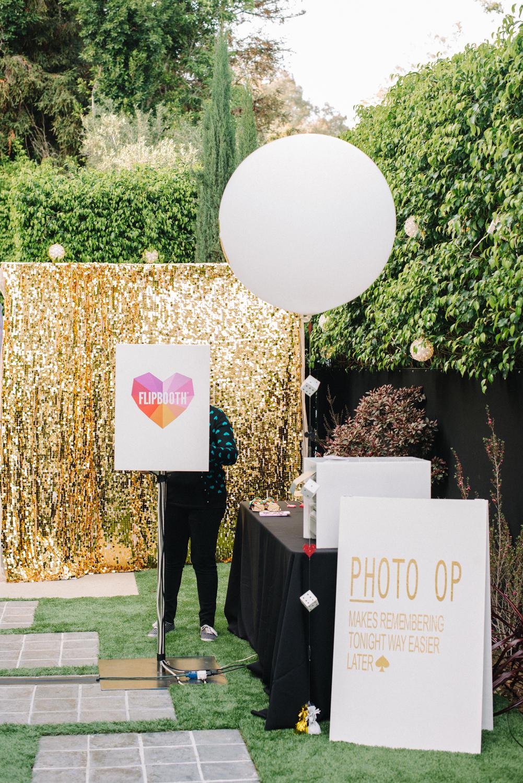 tarynco-events-vegas-casino-party-photobooth-balloon.jpg
