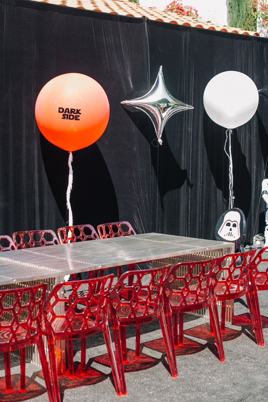 tarynco-events-starwars-themed-kids-birthday-party-darkside-balloon-decor.jpg
