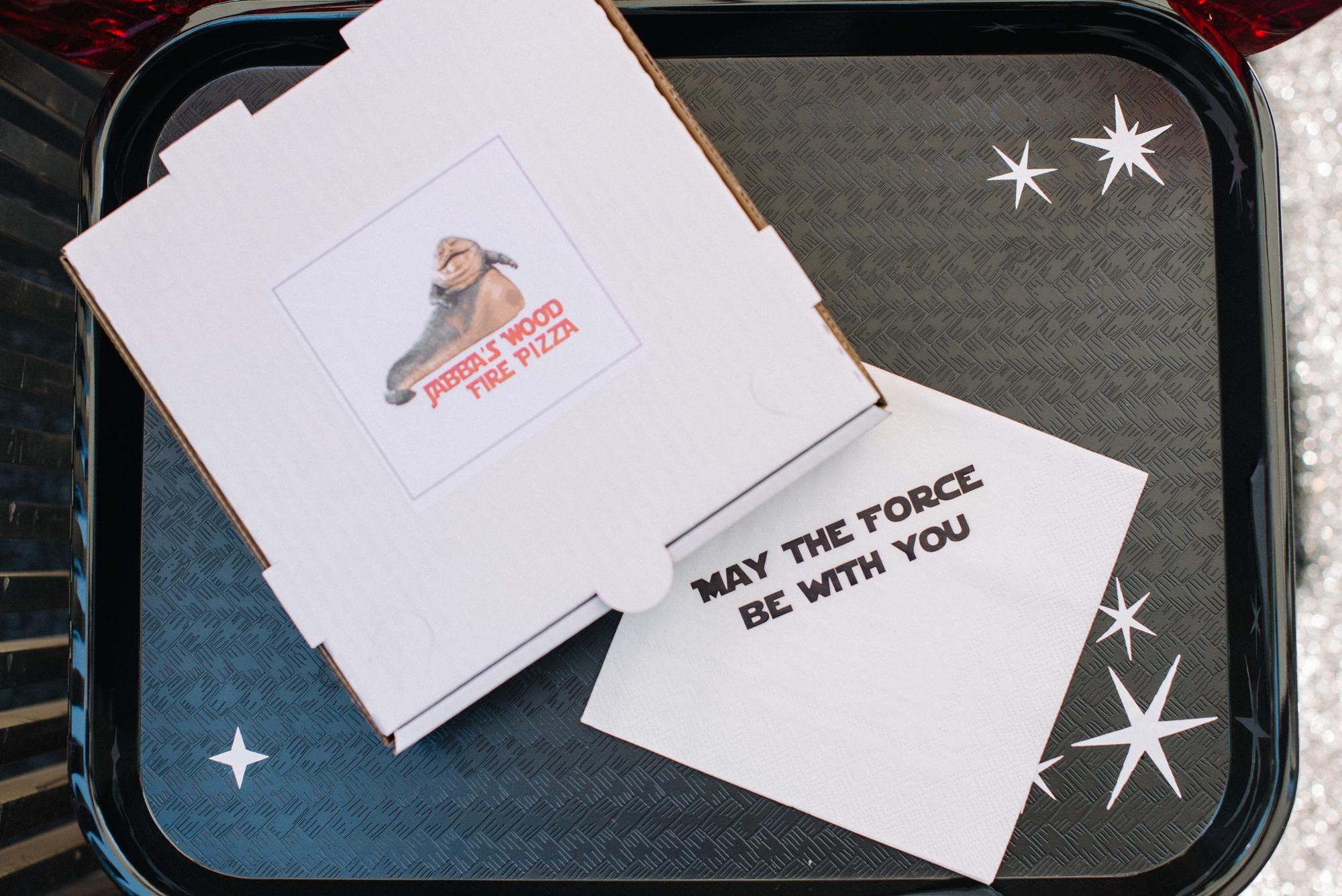 tarynco-events-starwars-themed-kids-birthday-party-pizza-boxes.jpg