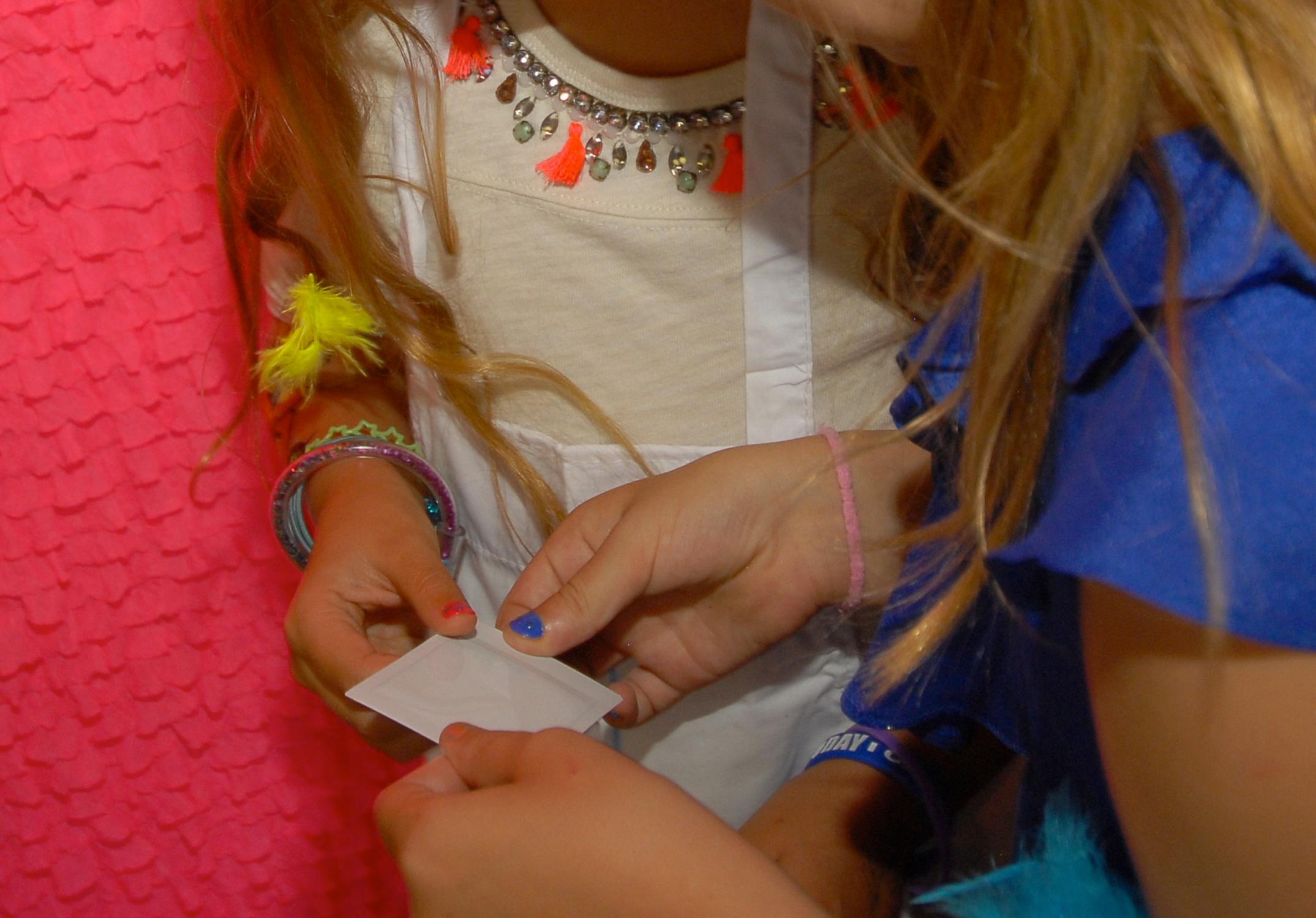 tarynco-events-kids-party-art-carnival-themed-photoboorth-fun.jpg