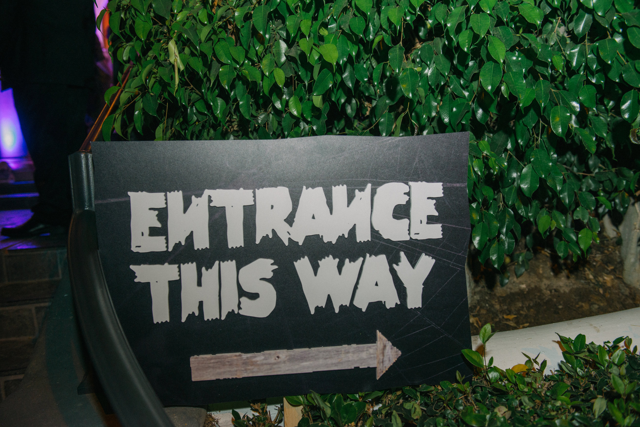 _tarynco_event_planner_Beverly_Hills_HalloweenParty.details.signs.jpg