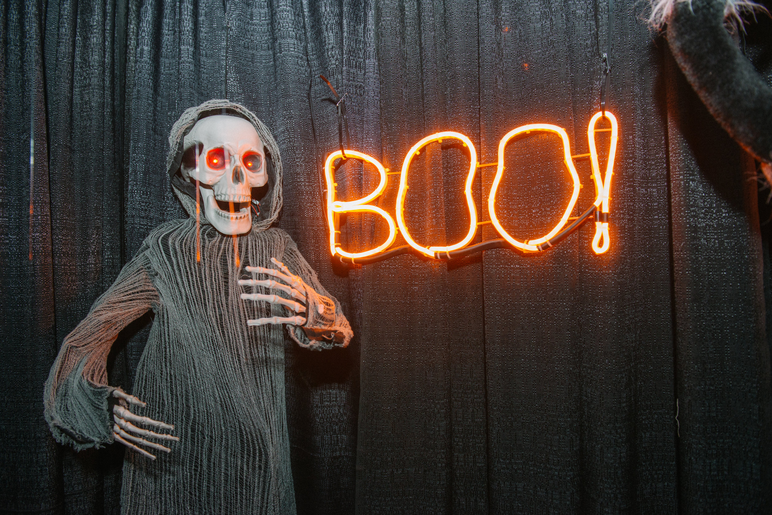 _tarynco_event_planner_Beverly_Hills_HalloweenParty.haunted.house.jpg