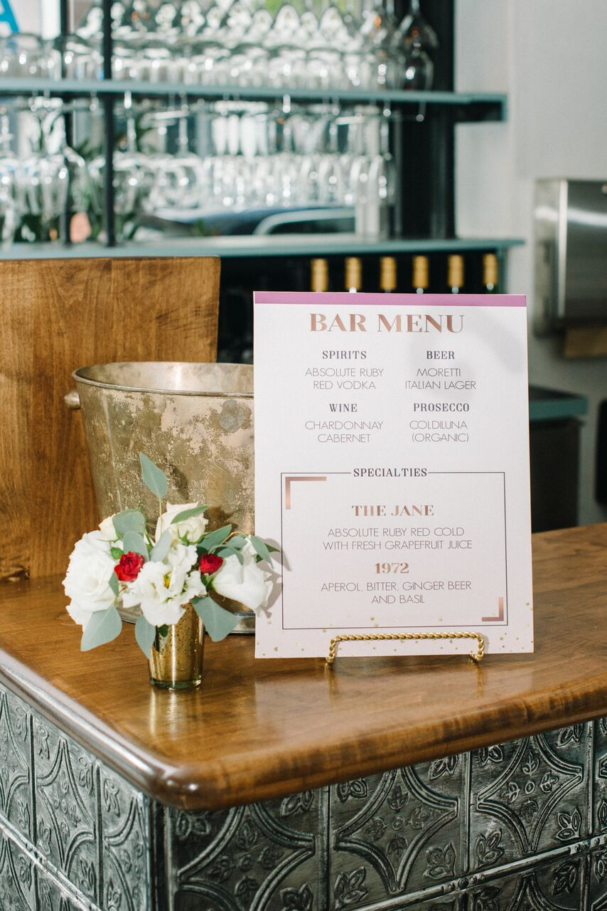 tarynco_dinnerparty.barsign.florals.jpg