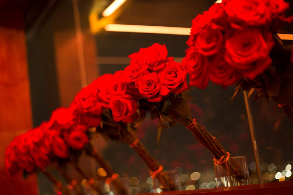 tarynco_unicorn.party.beverlyhills.eventplanner.roses.decor.losangeles.rooftopparty.views.details.jpg