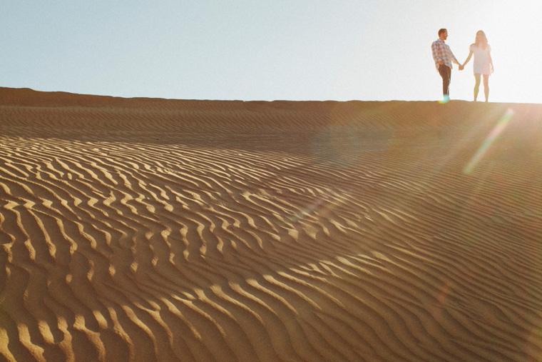 sand-dunes-engagement-10.jpg