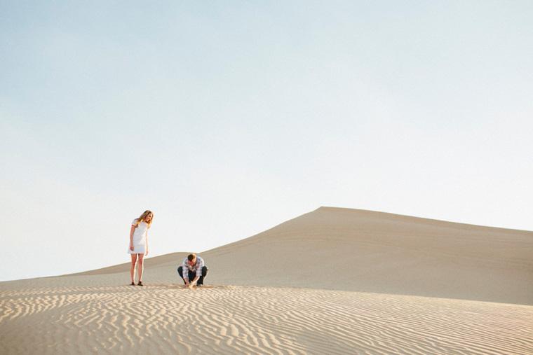 sand-dunes-engagement-11.jpg