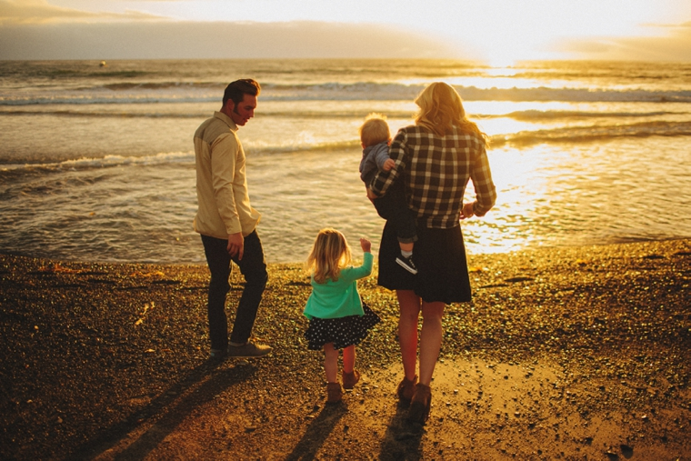beach-family-portrait-16.jpg