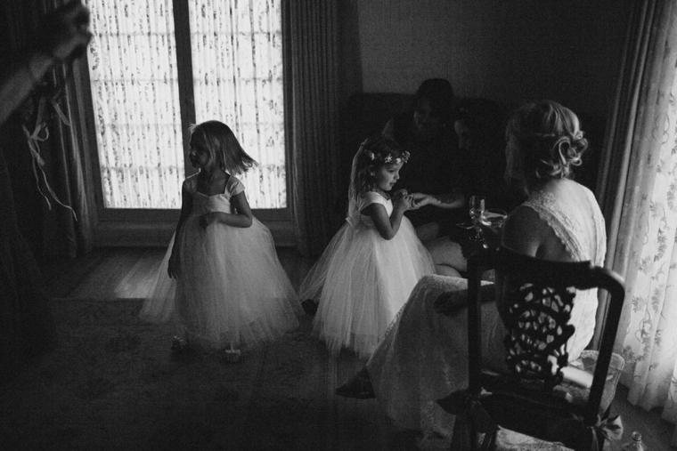 modern-casa-romantica-wedding-07.jpg
