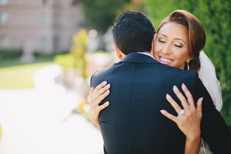 pandora_on_green_wedding_19.jpg