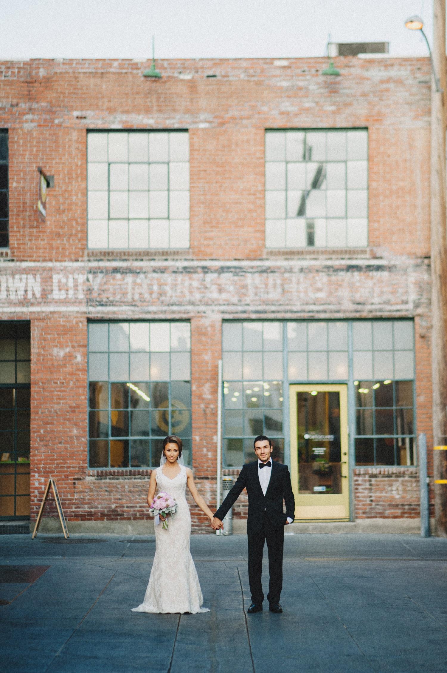 pandora_on_green_wedding_35.jpg