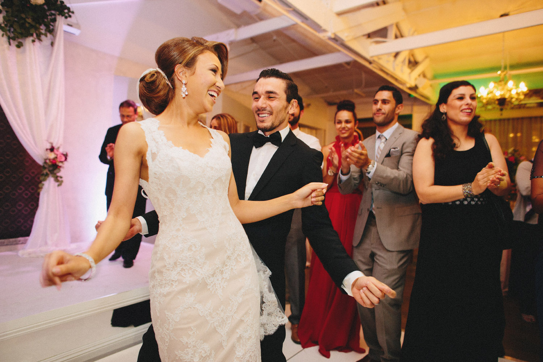 pandora_on_green_wedding_52.jpg
