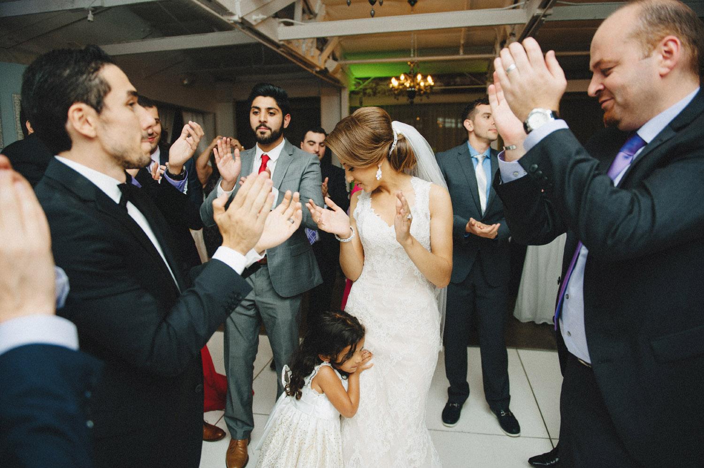 pandora_on_green_wedding_51.jpg