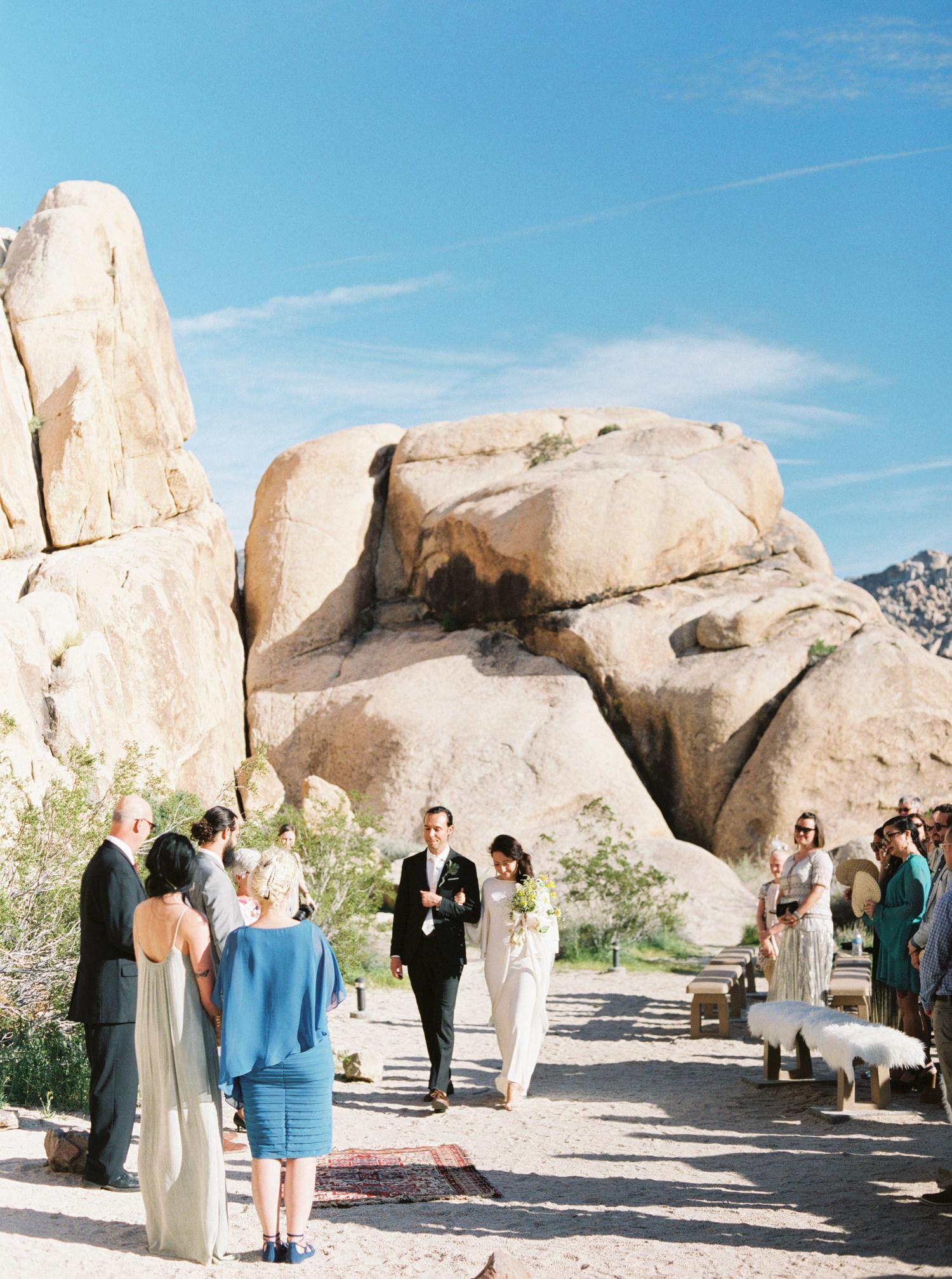 Joshua-Tree-wedding-33.jpg