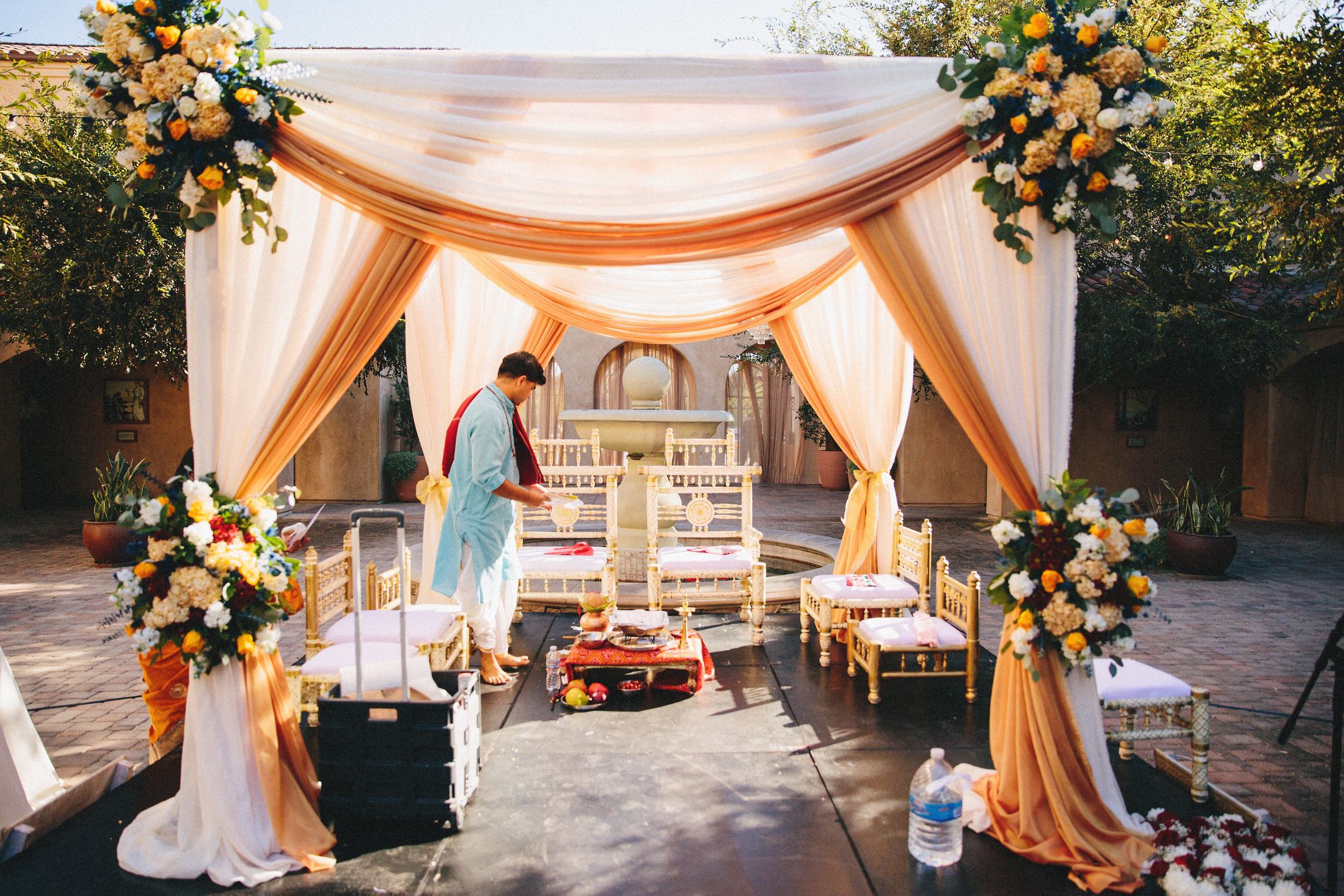 Modern-Indian-Serra-Plaza-wedding-046.jpg
