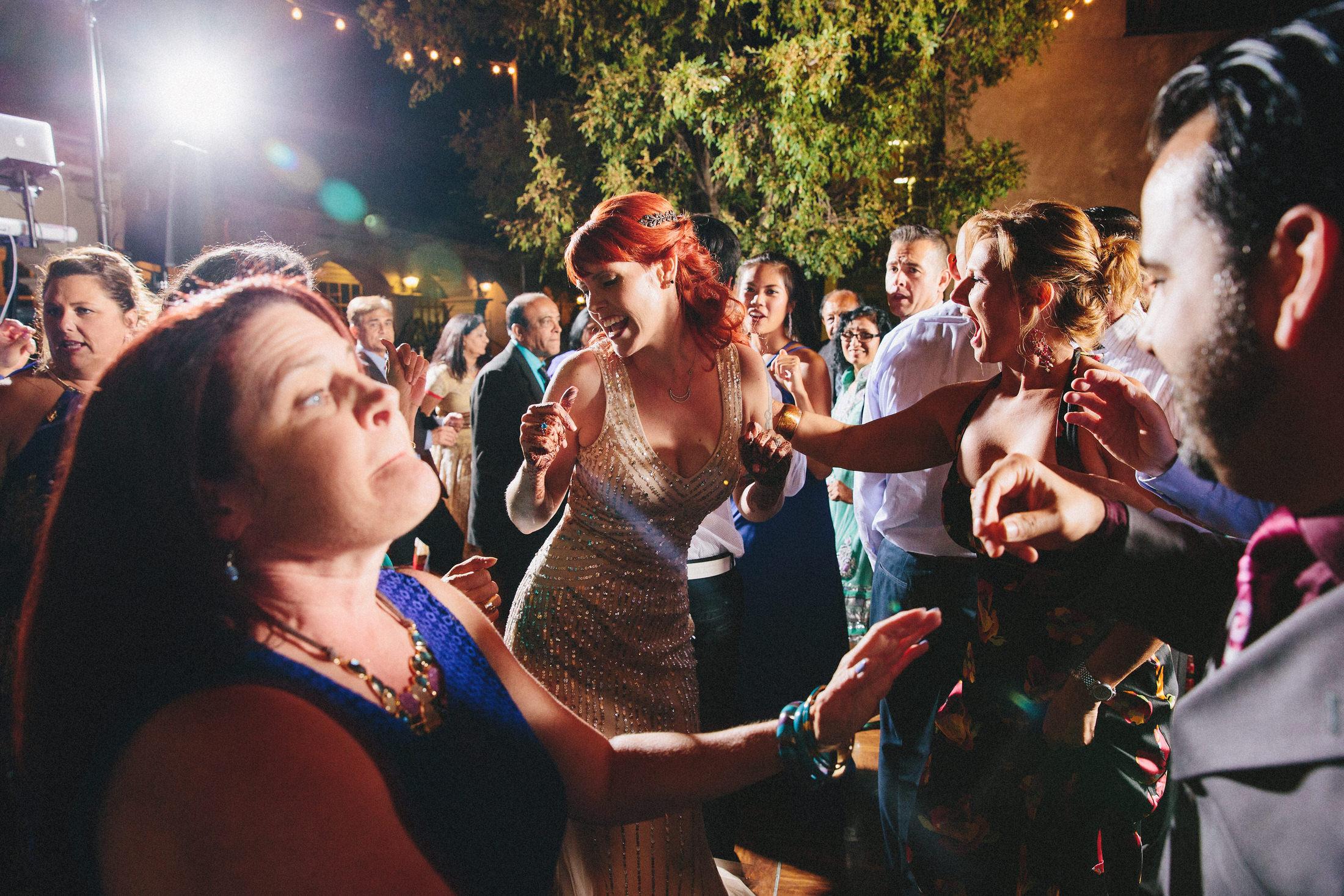 Modern-Indian-Serra-Plaza-wedding-098.jpg