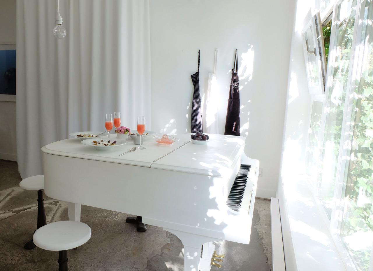 Dining Room/Kitchen Table/Grand Piano Photo: Melissa Mercier