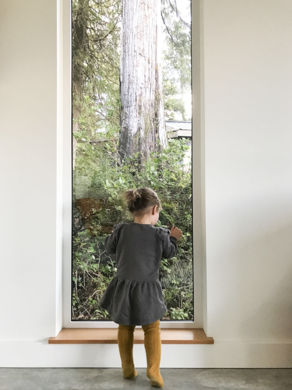 The windows and the landscape I was talking about. at the house. And Mae in her  Petits Vilains .