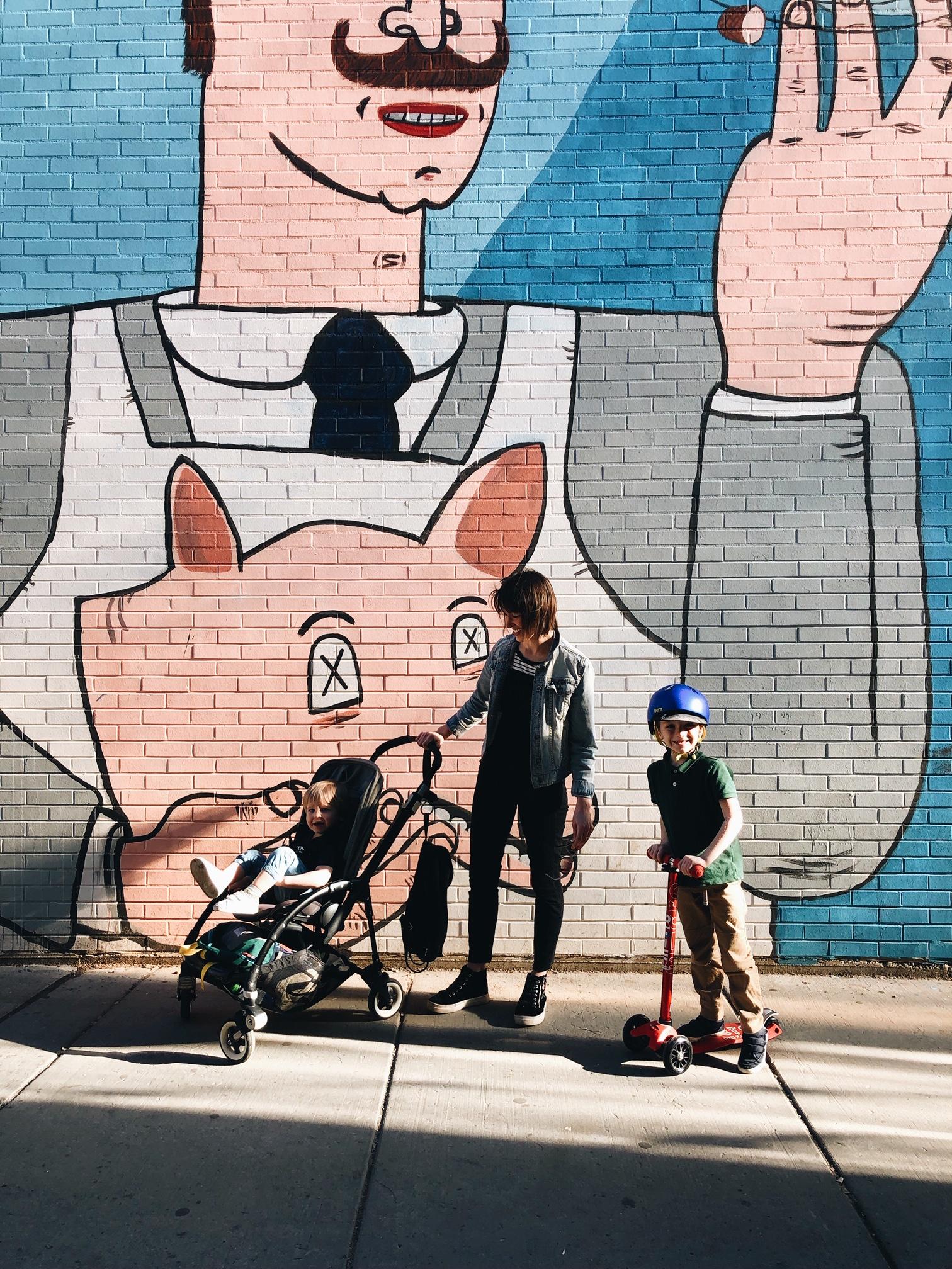 Mandalyn and her boys in Chicago  @sidewalkclub_
