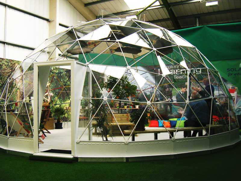 Accessible Indoor garden for sensory therapy in children's schools.
