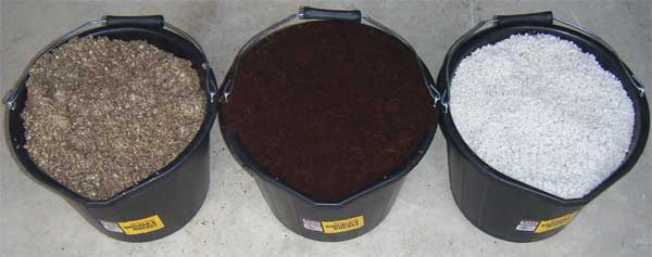 GCG Blend 1/3 peat moss, 1/3 varied composts and 1/3 vermiculite.