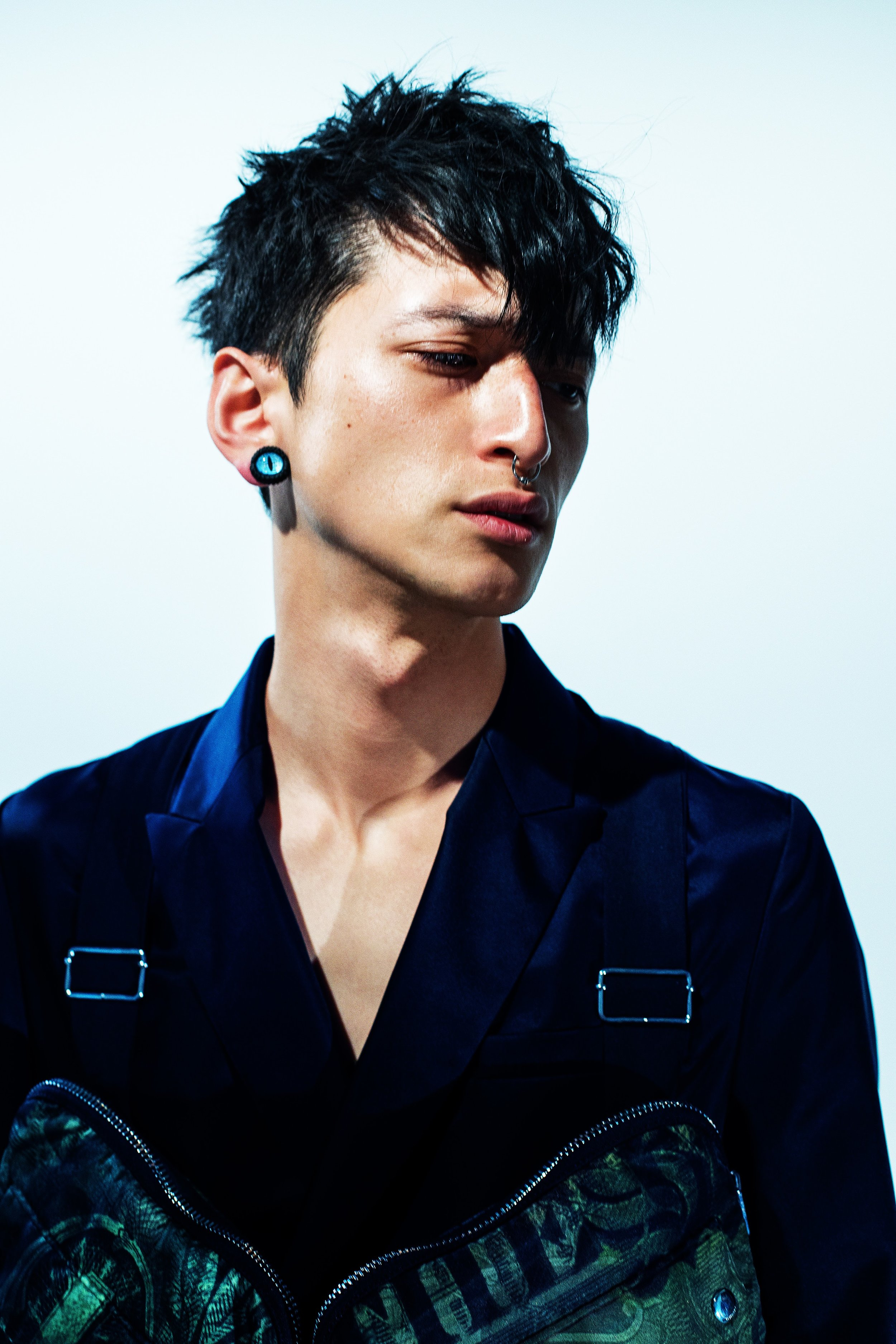 Givenchy3195.jpg