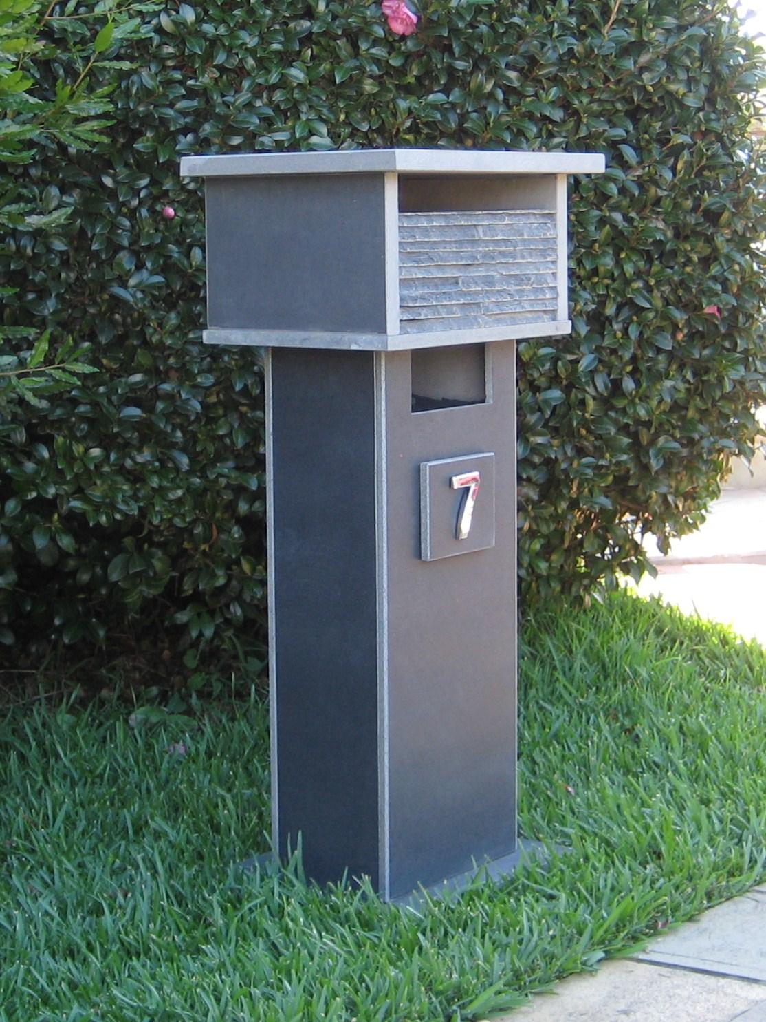 7. Bluestone letterbox solid, aluminium back door with 2 key lock 860cm high top part mesure 300mm x 400mm. $650