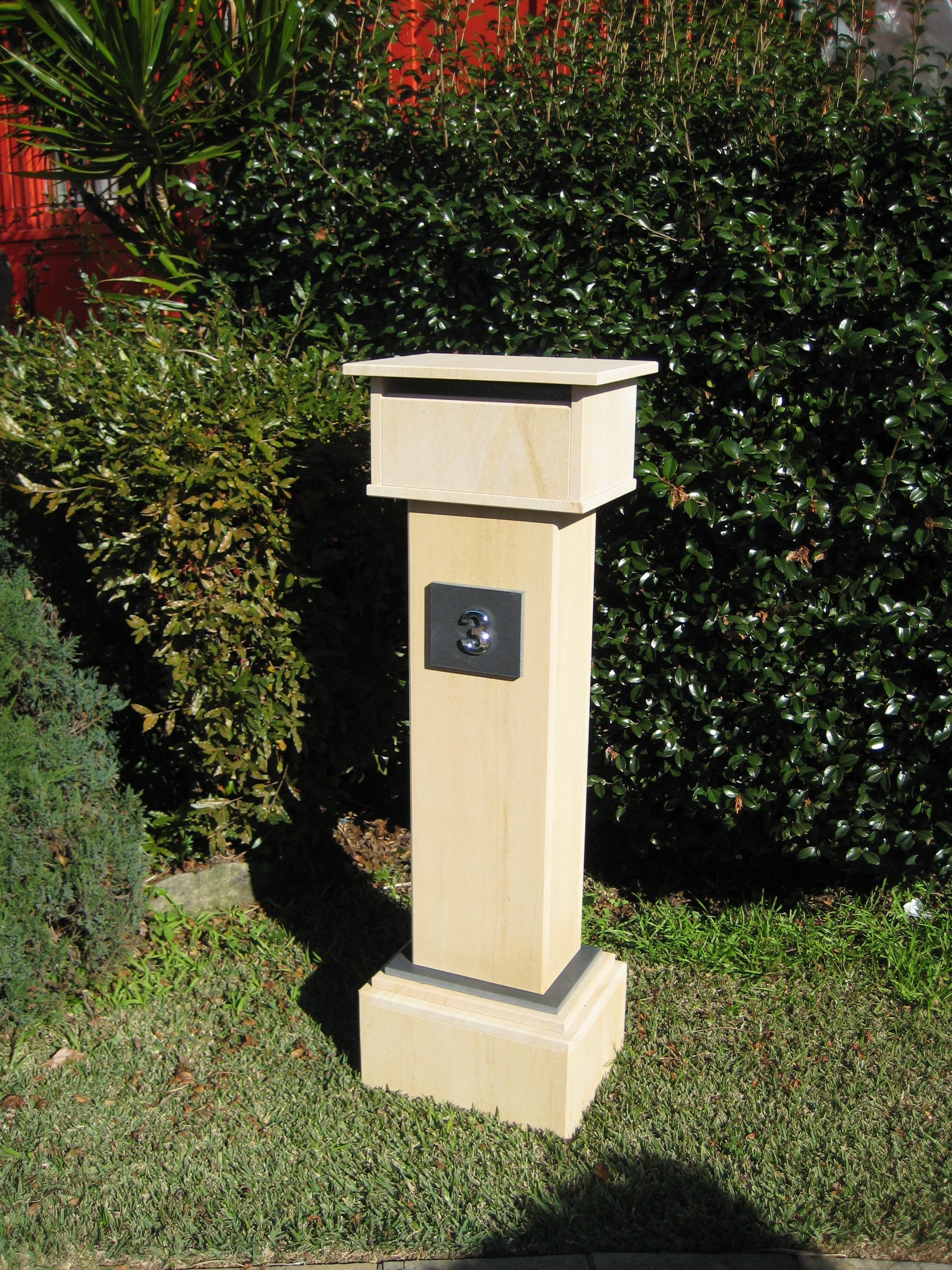 012 Extra tall letterbox, woodgrain sandstone. 1060 tall, dimentions 1250x400x300 $429.JPG