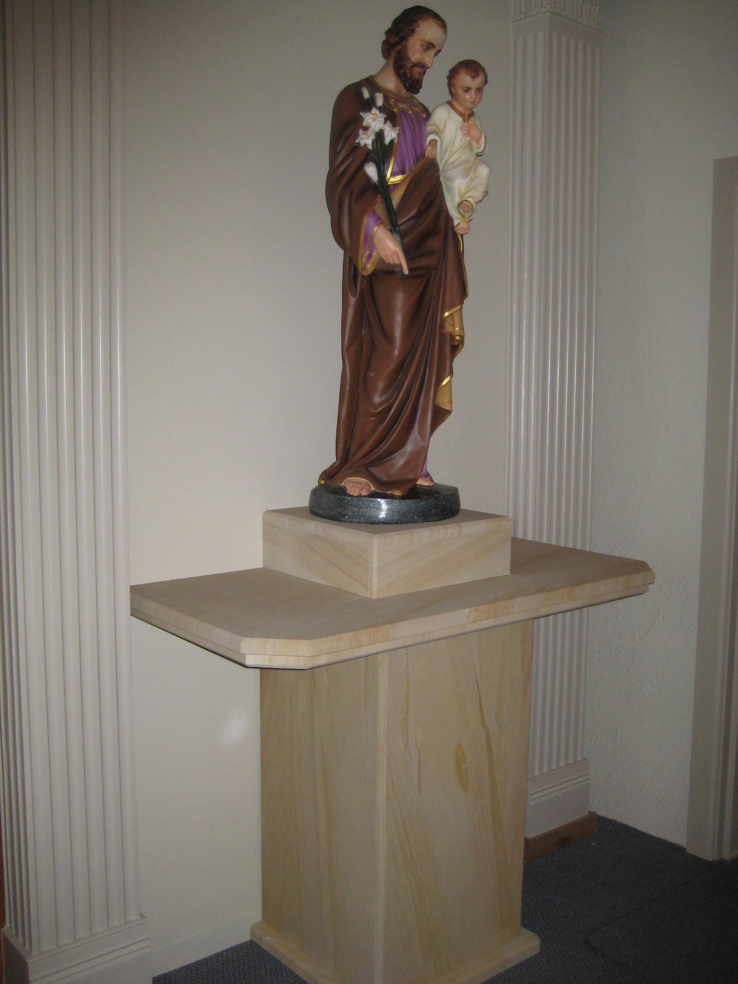 076 Woodgrain sandstone pedestal  for churche. We make furniture to order..jpg