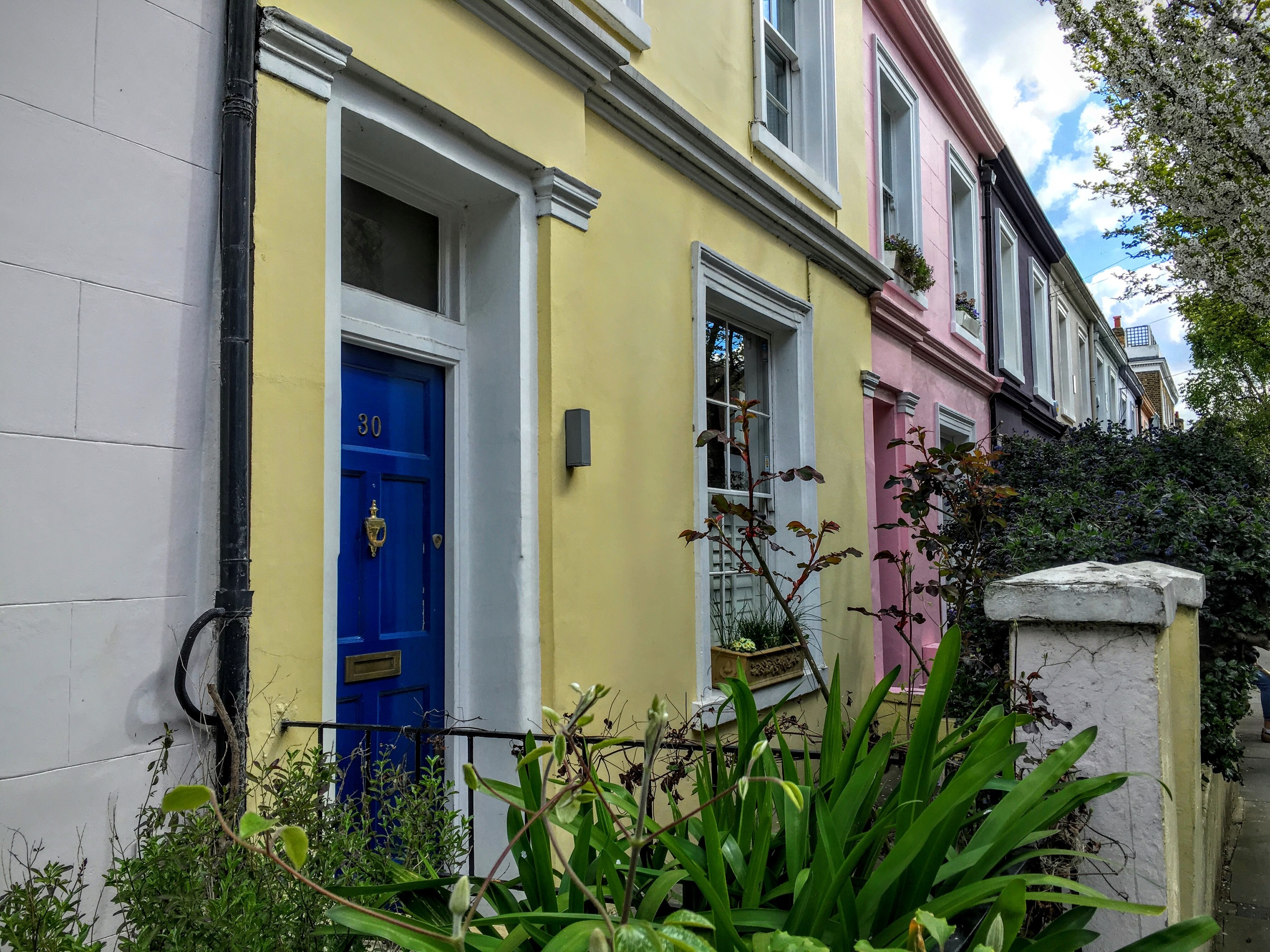Portobello Road colourful houses
