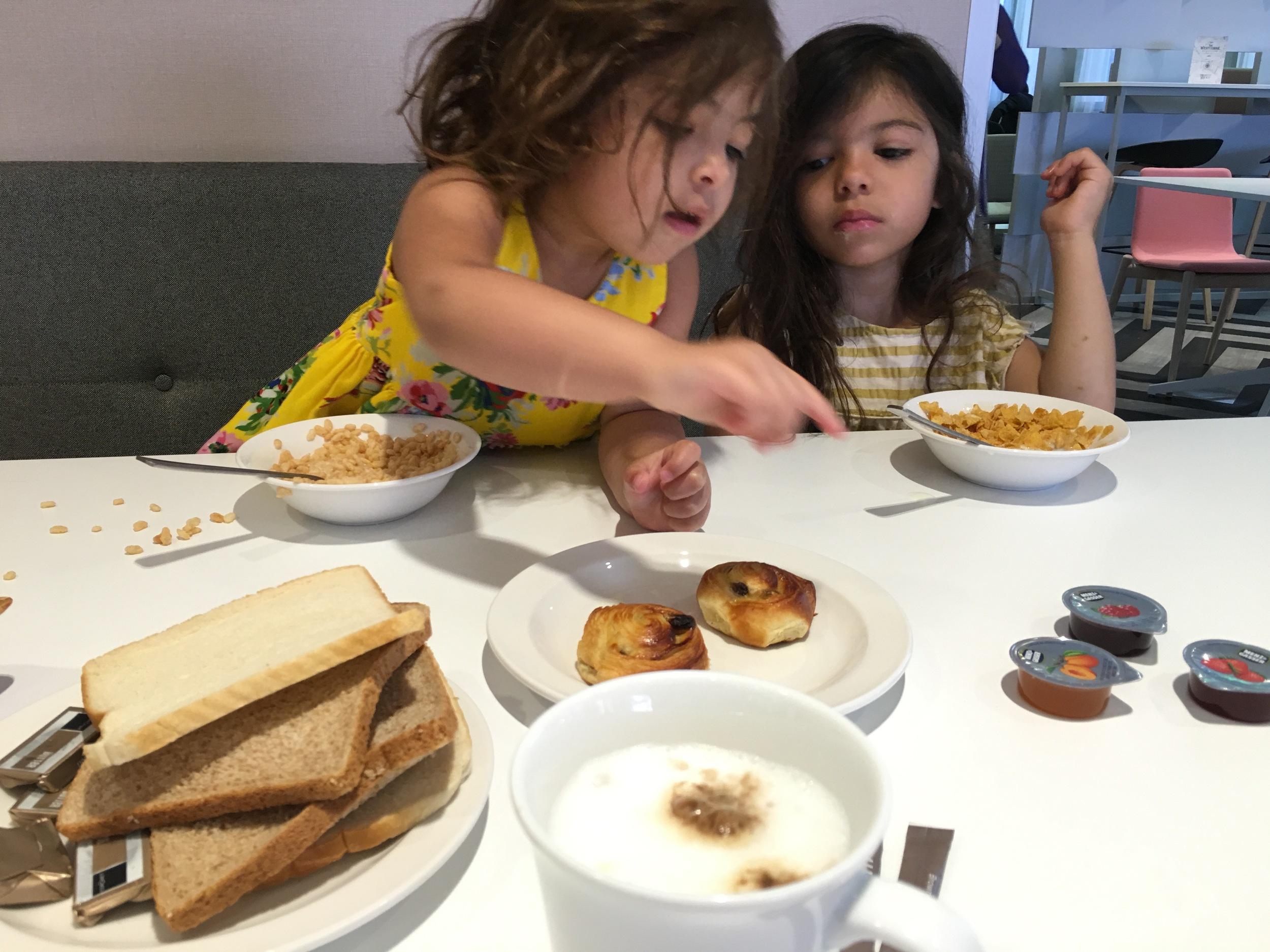 breakfast hotel ibis styles