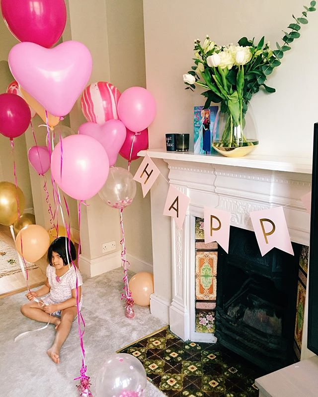 Happiest 5th birthday to the most fabulous and precious  little girl 🎁 🎁🎁 Here's to a day full to the brim of extra diva-ness 💁🏽‍♀️because she has in fact told me she is so excited for the whole day to be all about her 😂 and she will be will be doing what she wants, when she wants on her birthday (a general birthday rule in our house). I, on the other hand will be struggling through the day after being up until 2am blowing balloons and wrapping presents not to mention kindly being woken at 6am. Completely worth it to see the joy and excitement in her face this morning. Here's to a day full of unicorns and pink 🦄🌸🦄🌸 #birthdaygirl #happybirthday #kidsofinstagram #motherhood #childhood #childhoodunplugged #lifestyle #balloons #instakids #instafashion #instamoment #style #lifestyle #lifestyleblogger #blogger #mblogger #kids #kidsfashion #family #familygoals #familytime #mother #mumlife #momlife #mommy