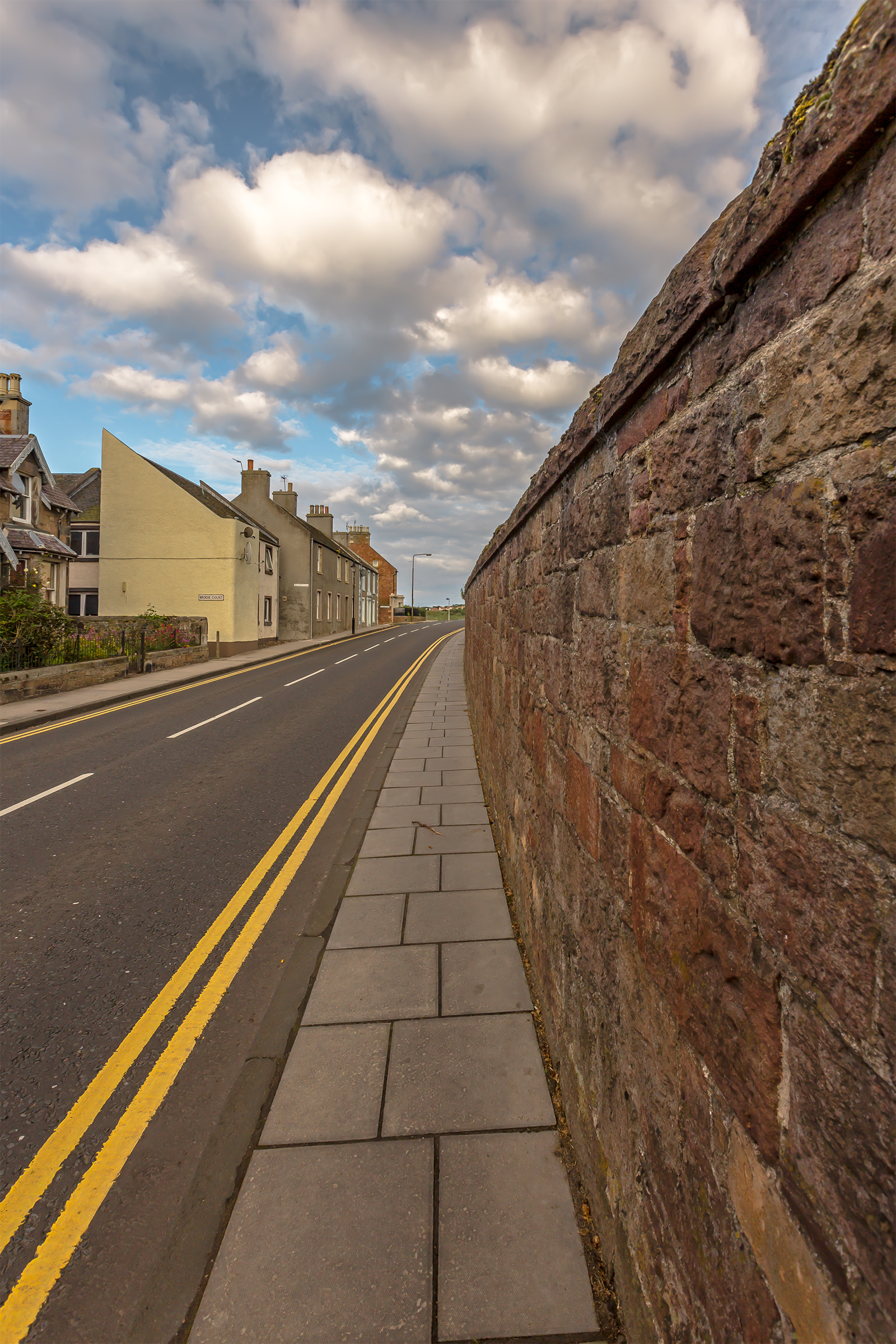 Estate Wall X.jpg