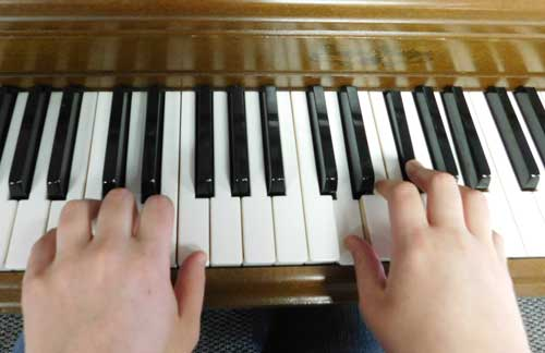 Discovering creativity through musical expression
