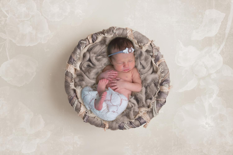wellington-newborn-photographer-jupiter-palm-beach-gardens-photography-maternity-baby-photos-best-photographer-south-florida.jpg