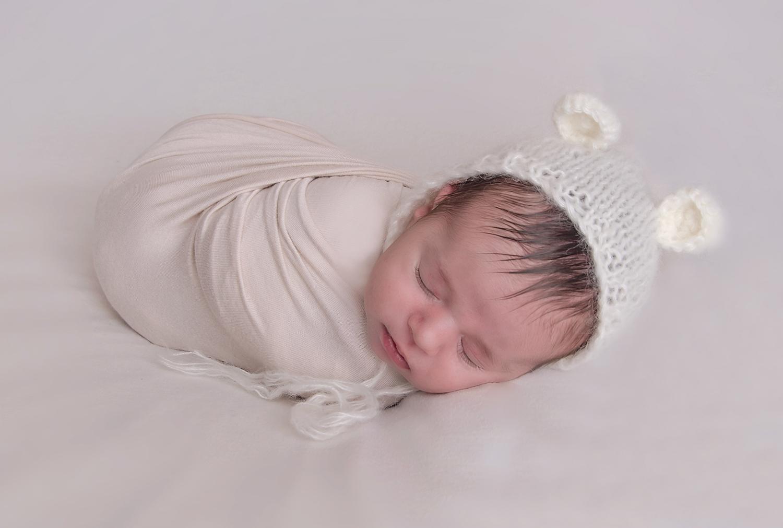 south-florida-newborn-photography-photographer-baby-photos-wellington-jill-calefate-best-cute-polar-bear-wrap-pregnancy-maternity-images-palm-beach.jpg